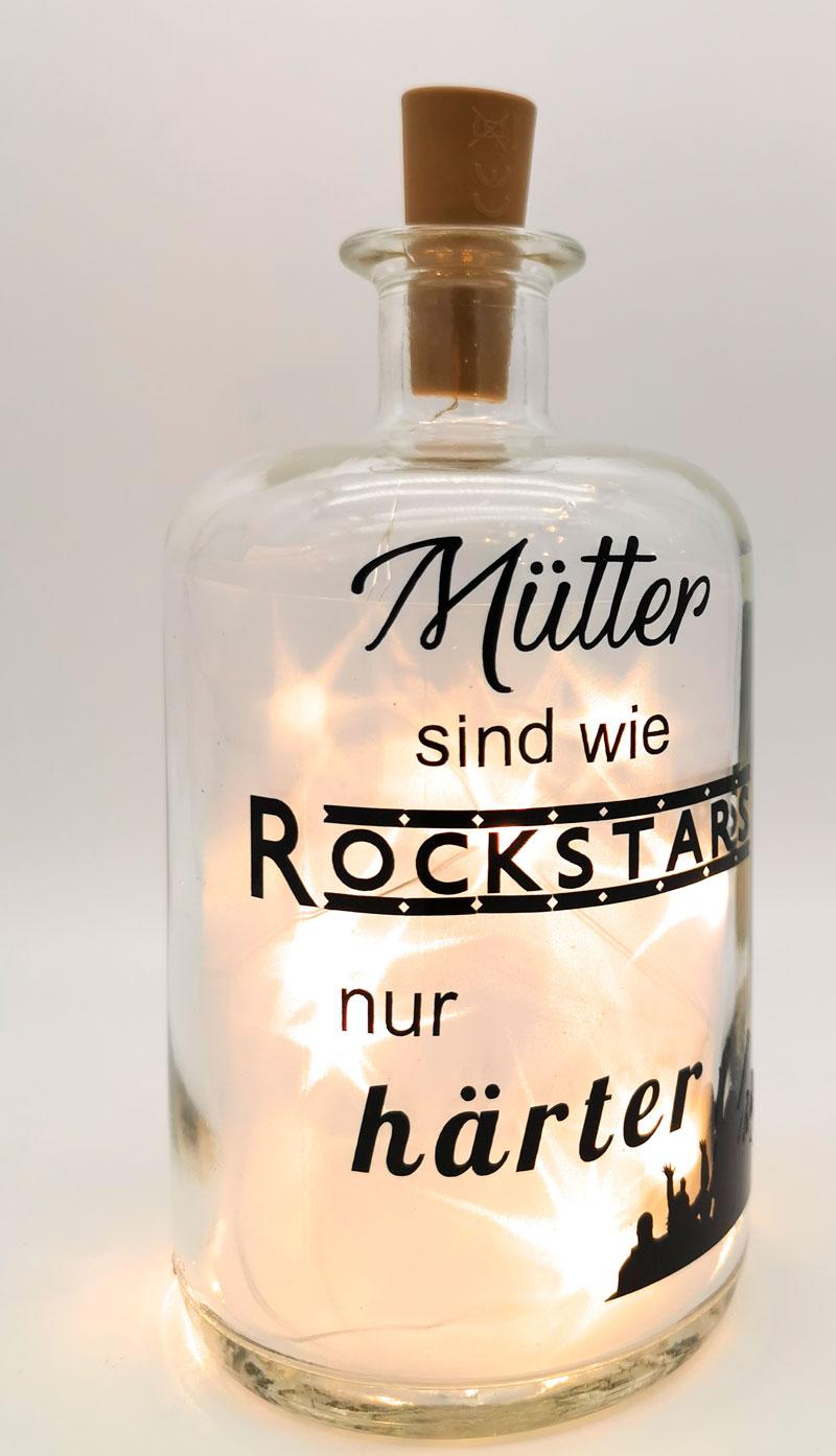 leuchtflasche-muettersindwierockstars-druckwunder-geschenkideen-druckprodukte-esslingen