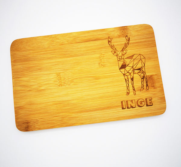 bambusbrett-druckwunder-vesperbrett-graviertegeschenke-geschenkidee-personalisiert-online-esslingen